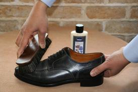 CASE2 【ブライドルレザーの靴のお手入れ方法】 \u203bロウ分が少なくなり汚れが目だってきた場合