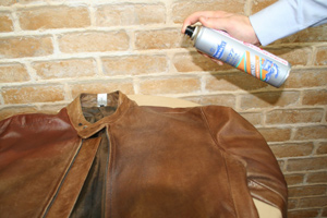 レザーウエア・レザージャケット・レザーコートのお手入れ方法